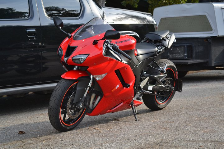 updated photo's of my 07 zx6r stretched !!!! - ZX6R Forum