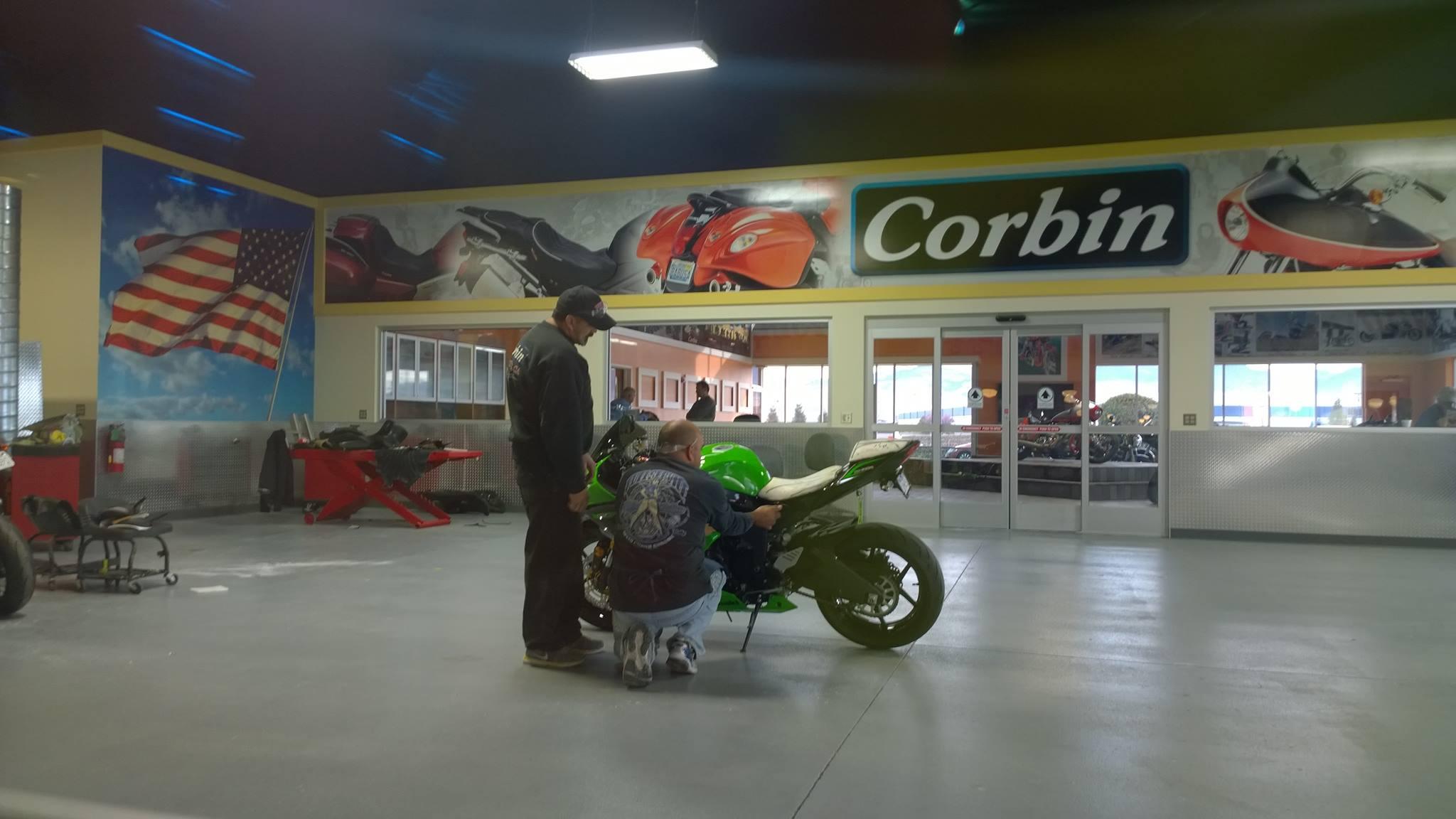 Corbin Seat ZX-6R (2013)-corbin1d.jpg