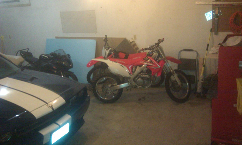 Post up your bike's garage/shop/room-imag0098.jpg