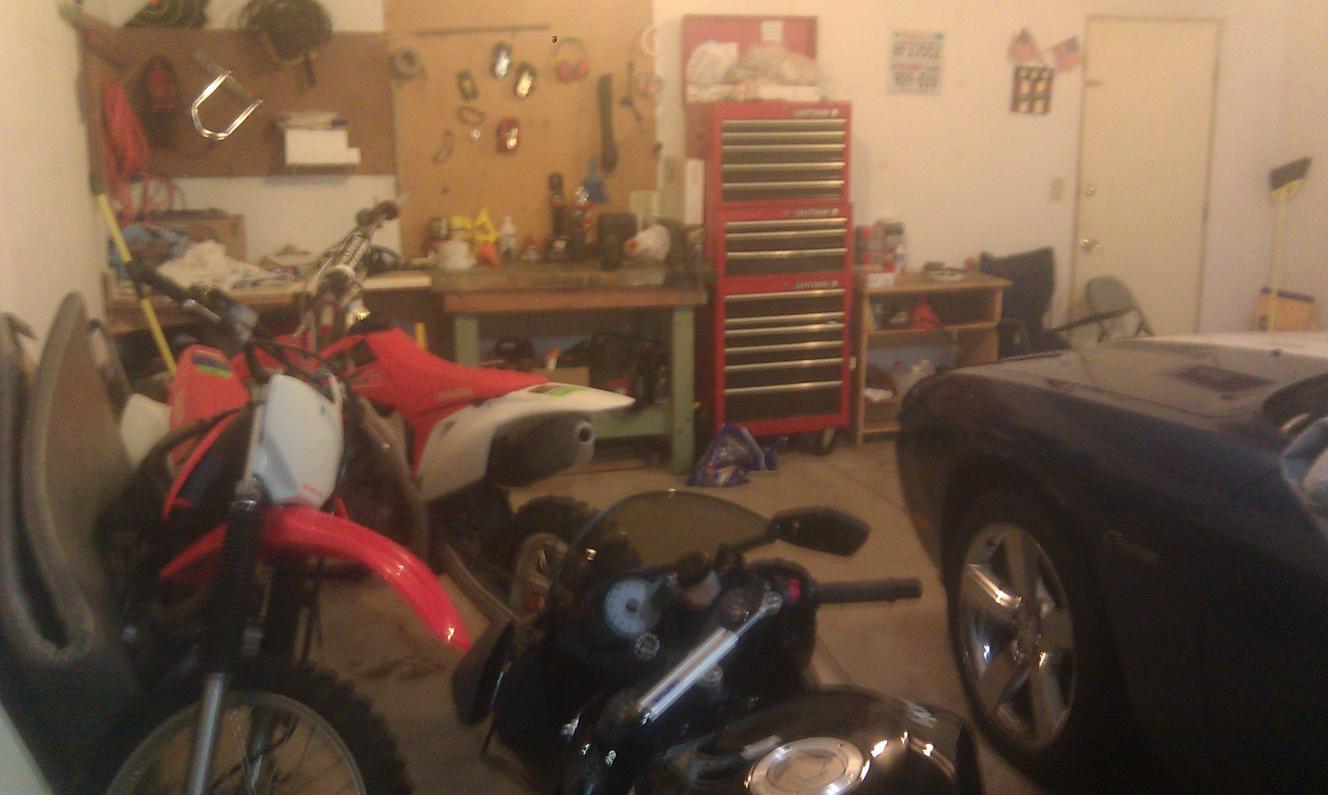 Post up your bike's garage/shop/room-imag0101.jpg