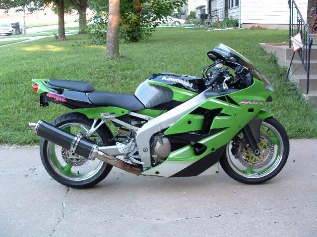 05 ZX6R vs 09 GSXR600-my-20zx-6r-20lowered-20r.jpg
